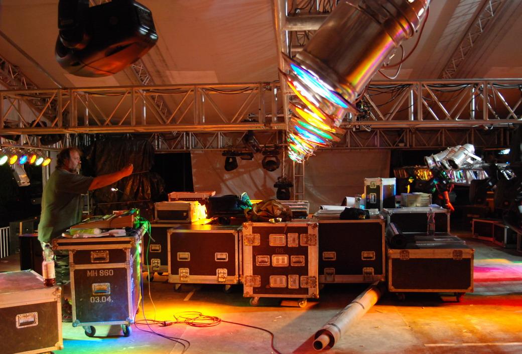 Sziget 2011, MR2 színpad épül