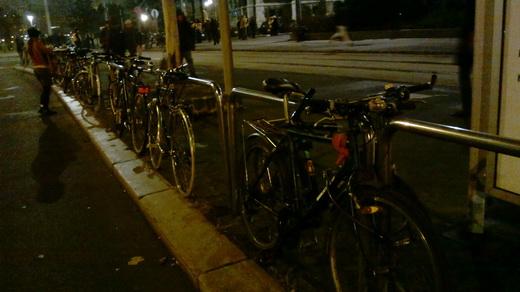 Zöld tüntetés, bringával jöttek