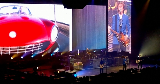 "Paul McCartney ""On the Run"" tour, Drive my Car"